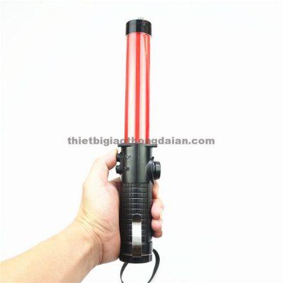 Gậy chỉ huy gắn đèn 30cm có còi